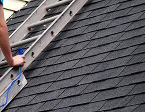 耐久性が高く、屋根の素材に応じた適切な塗料を使用します